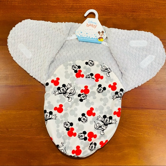 CUDLIE Mickey Mouse Minky Swaddler Sac with Velcro